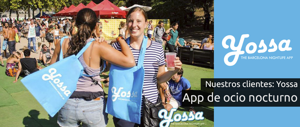 Chicas con la bolsa personalizada de Yossa, en el piknik electronik